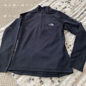 North Face light weight pull-up shirt